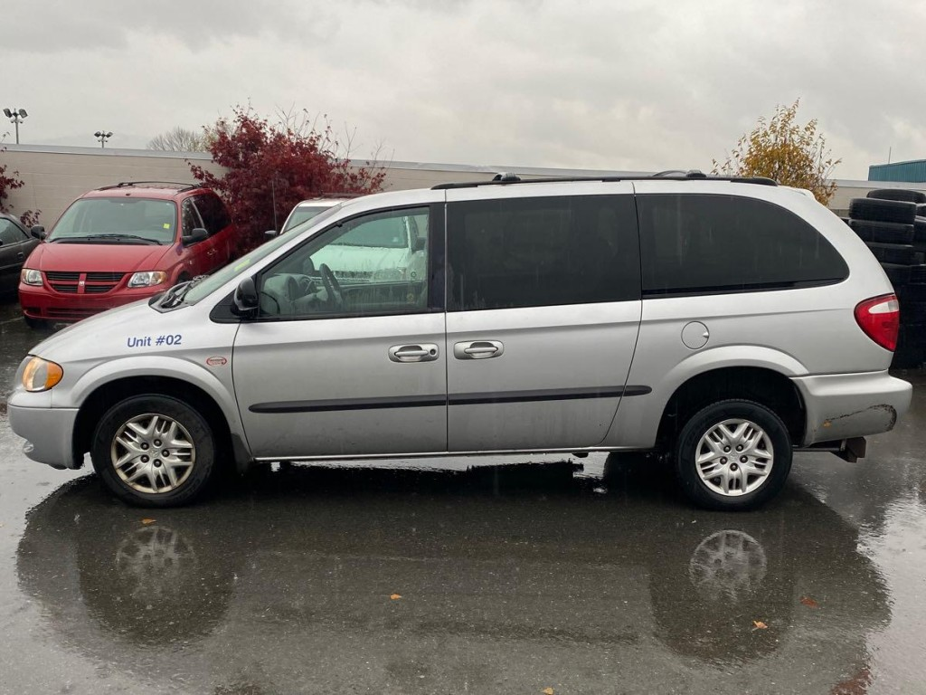 2002-Dodge-Grand Caravan