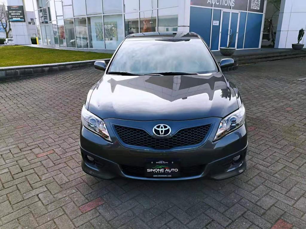 2011-Toyota-Camry