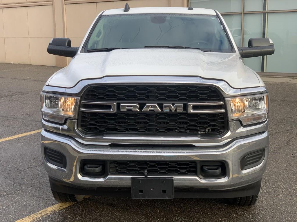2019-Ram-3500