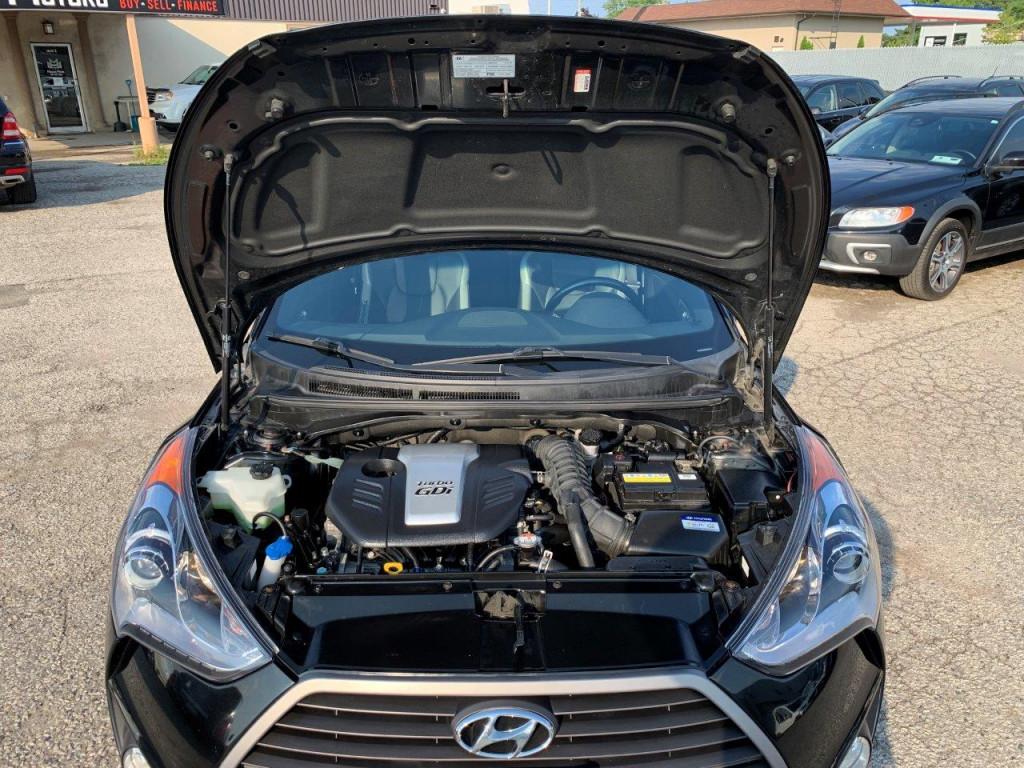 2016-Hyundai-Veloster