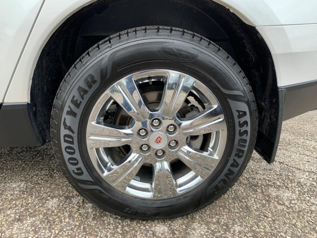 2015-Cadillac-SRX