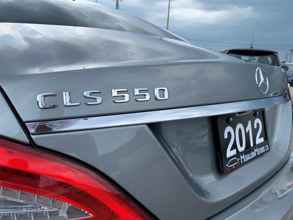 2012-Mercedes-Benz-CLS550