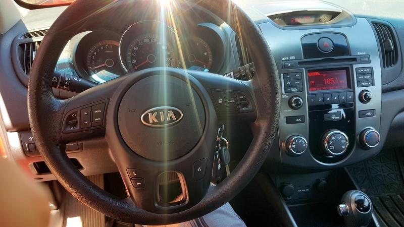 2013-Kia-Forte5