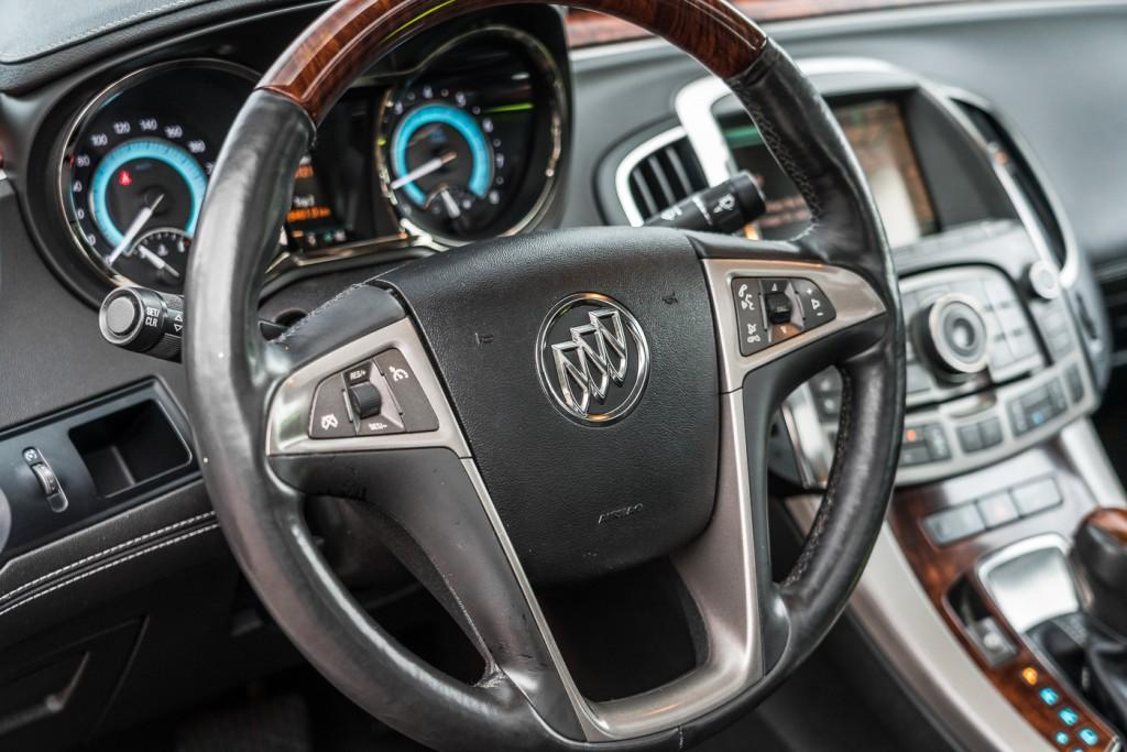 2010-Buick-LaCrosse