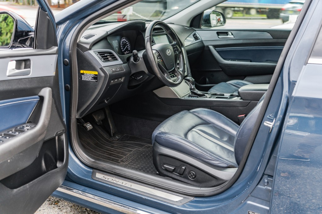 2016-Hyundai-Sonata Hybrid