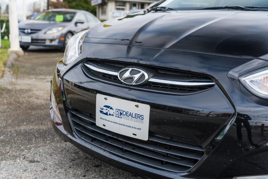 2015-Hyundai-Accent