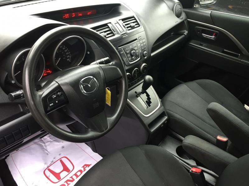 2013-Mazda-MAZDA5