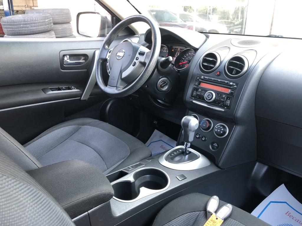 2013-Nissan-Rogue