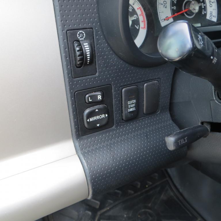 2008-Toyota-FJ Cruiser