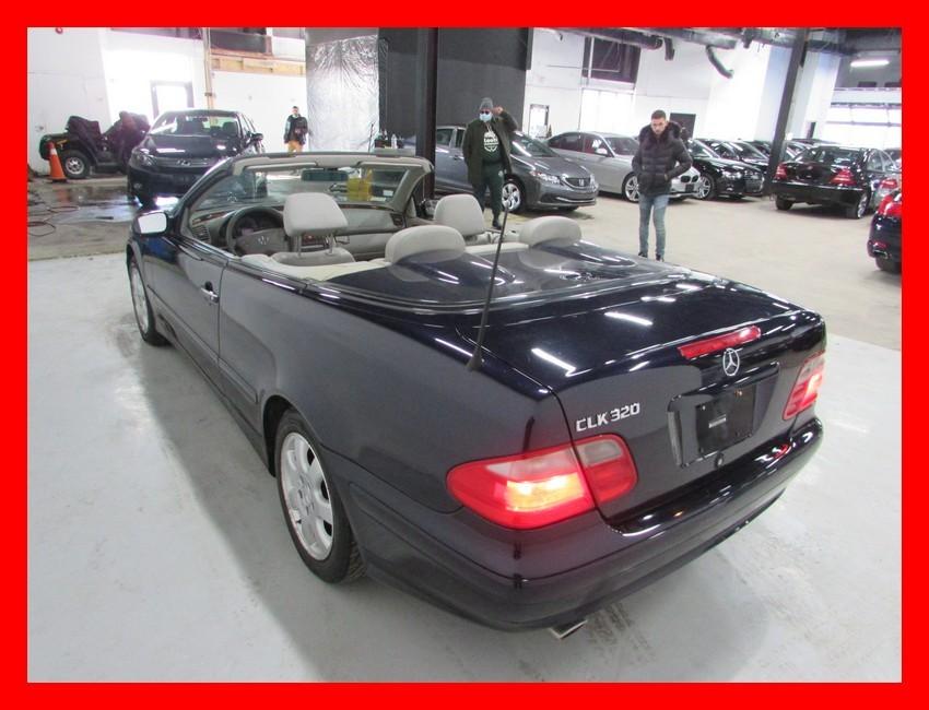 2003-Mercedes-Benz-CLK-Class