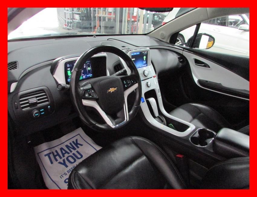 2012-Chevrolet-Volt