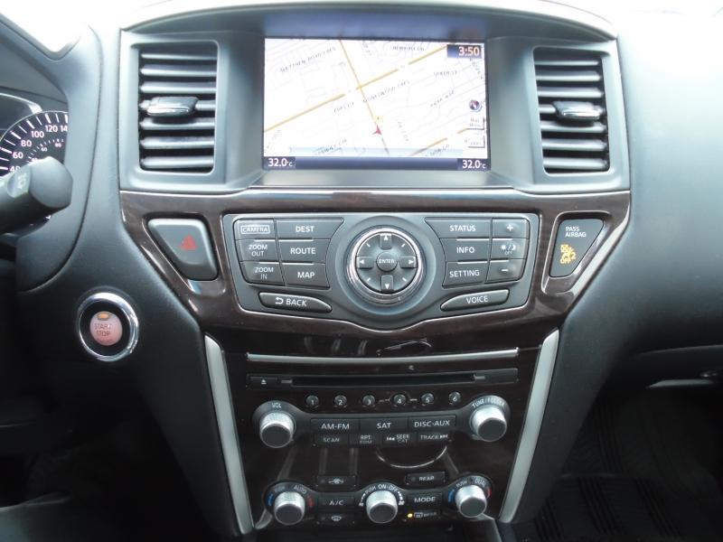 2016-Nissan-Pathfinder