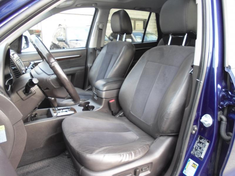 2010-Hyundai-Santa Fe