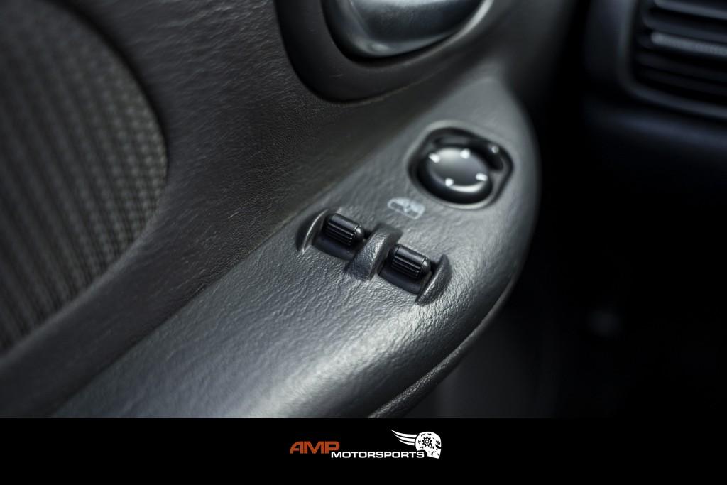 2004-Dodge-SX 2.0