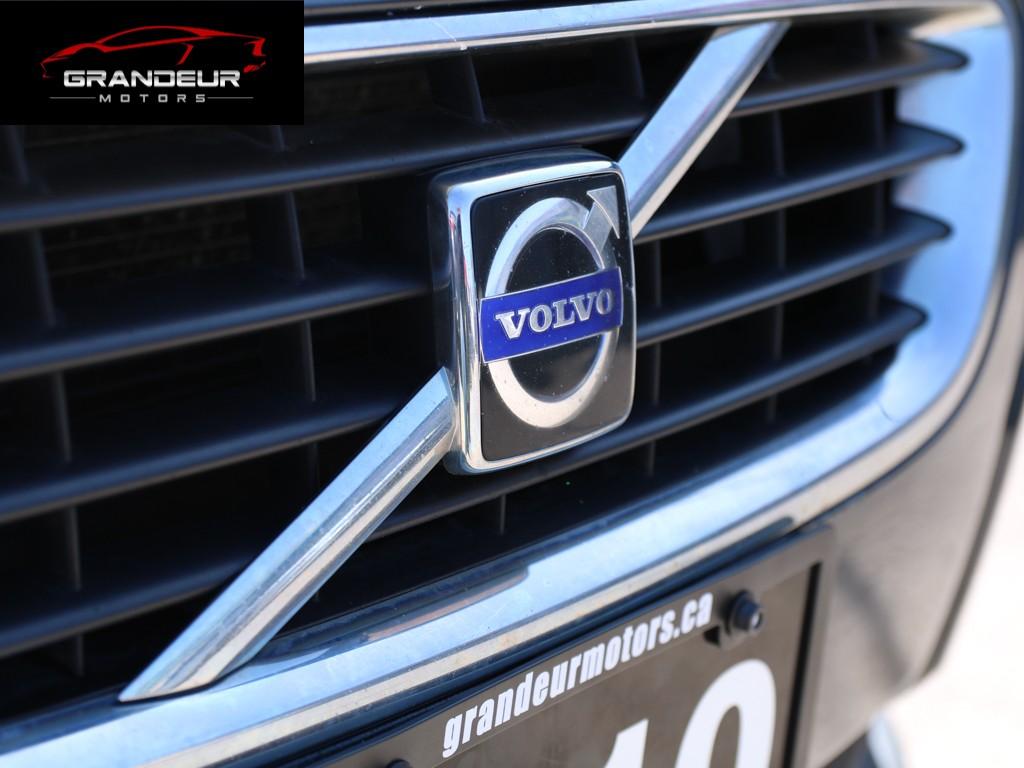 2010-Volvo-S40