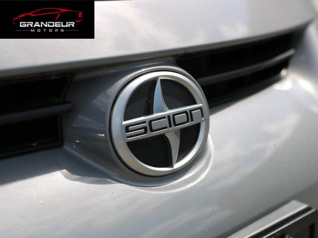 2011-Scion-tC