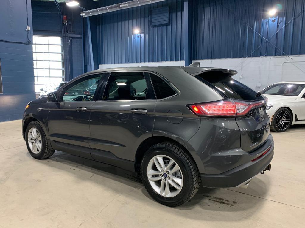 2016-Ford-Edge