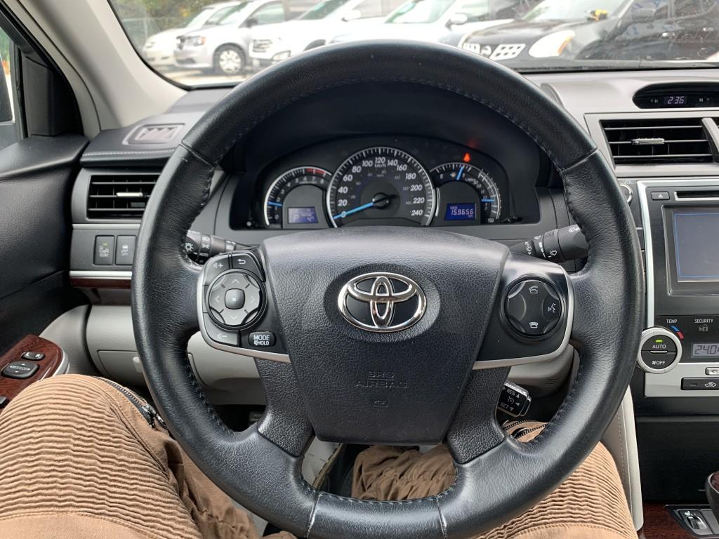 2013-Toyota-Camry