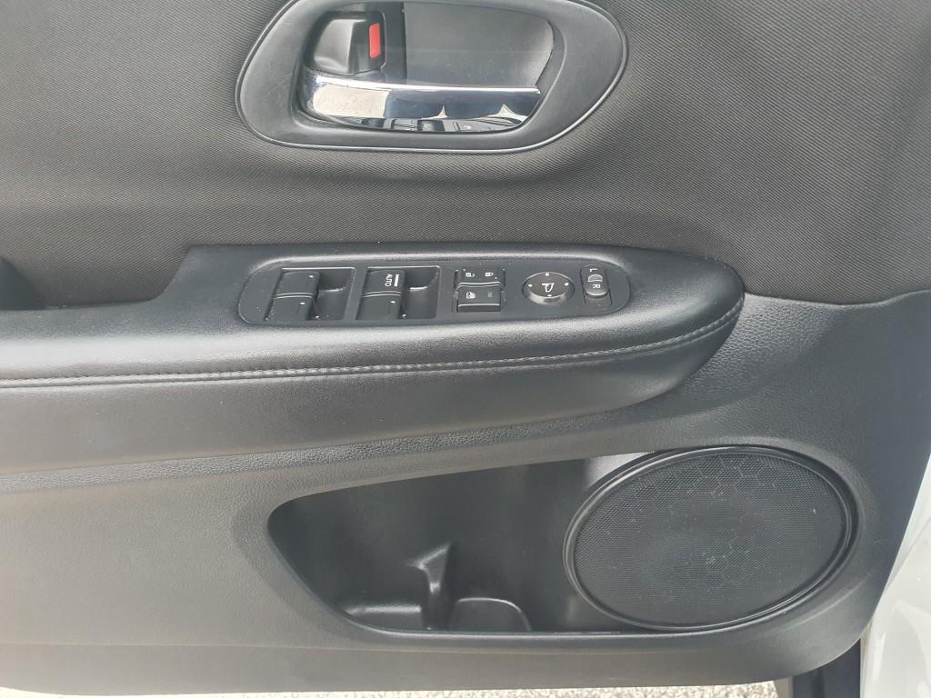 2017-Honda-HR-V