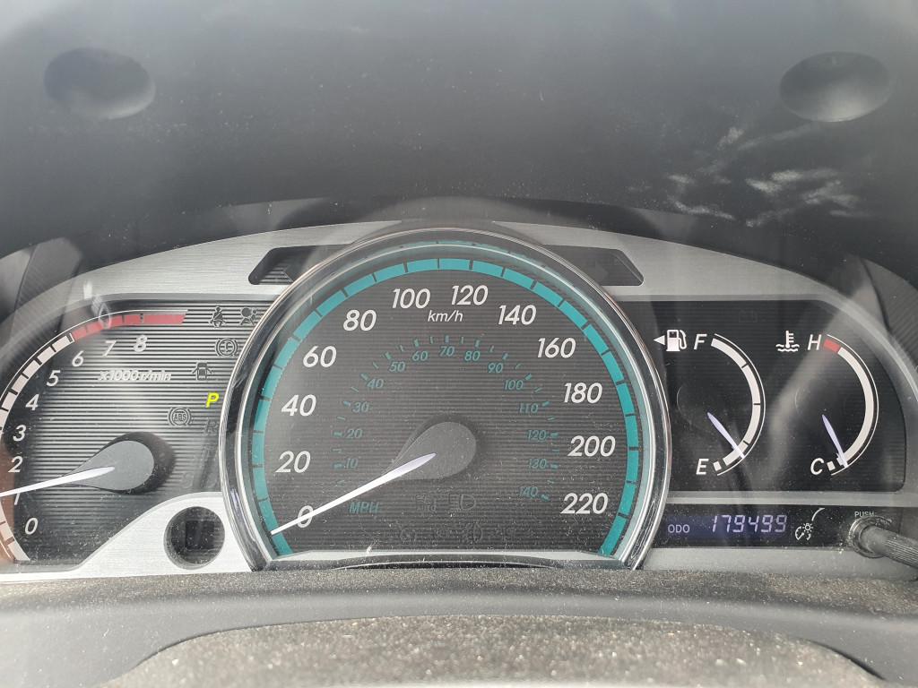 2013-Toyota-Venza