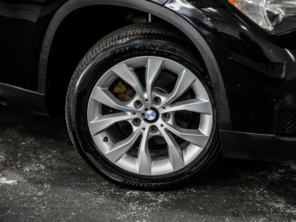 2013-BMW-X1