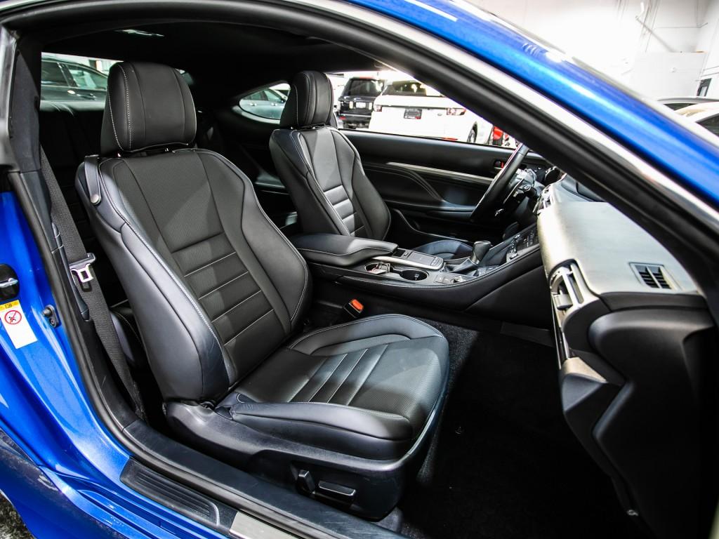 2019-Lexus-RC 300
