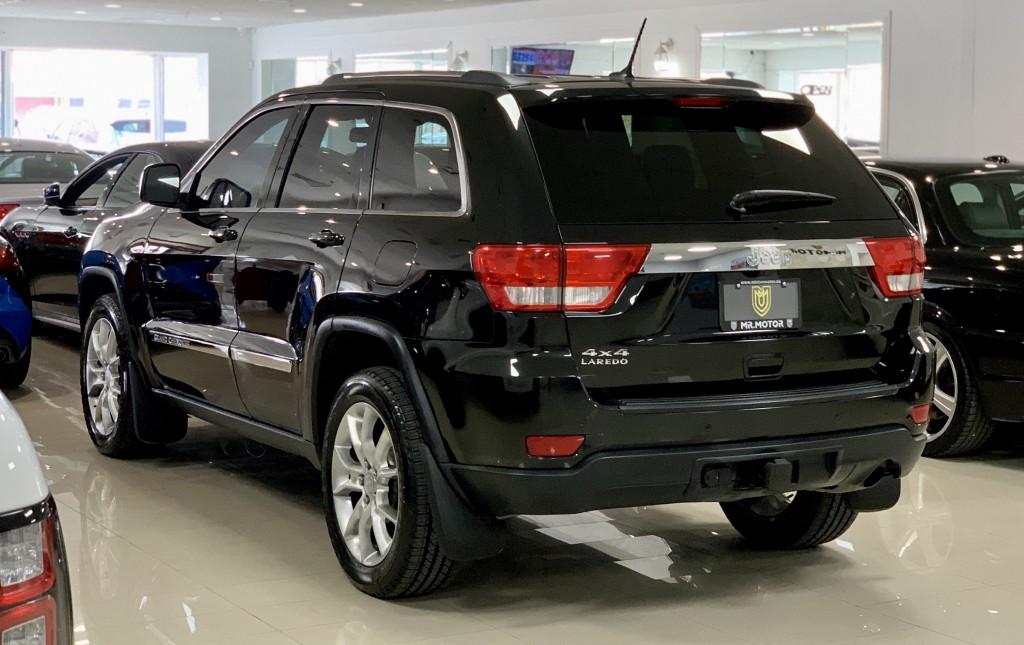 2012-Jeep-Grand Cherokee