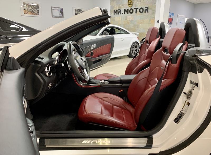 2014-Mercedes-Benz-SLK-Class