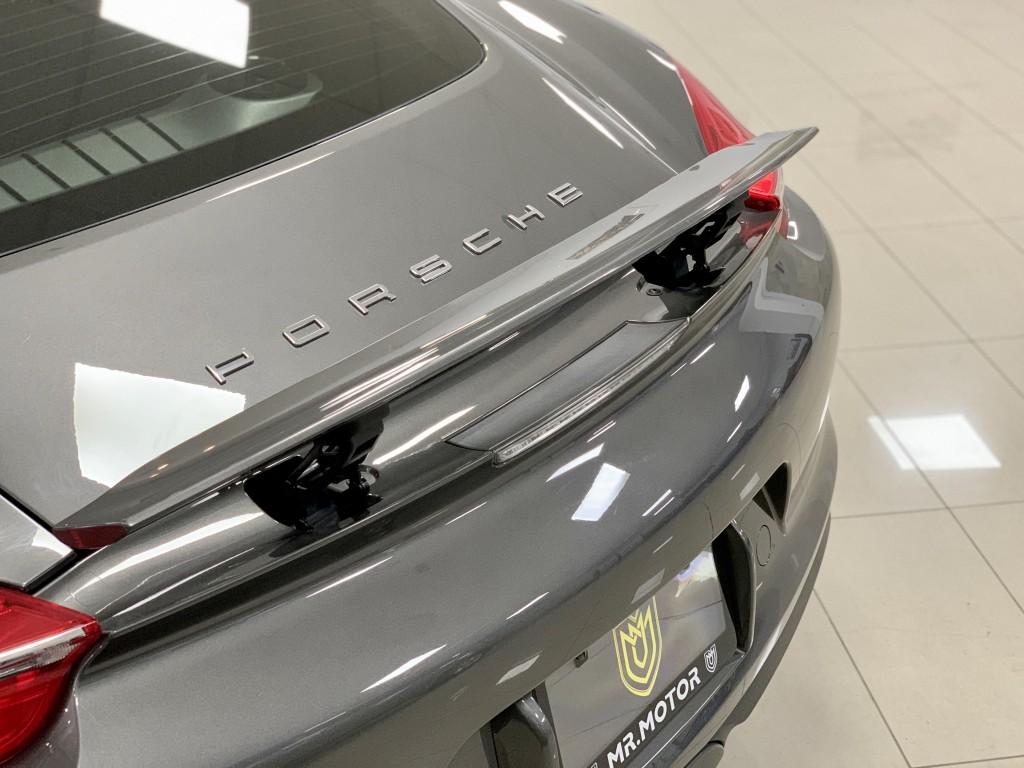 2014-Porsche-Cayman