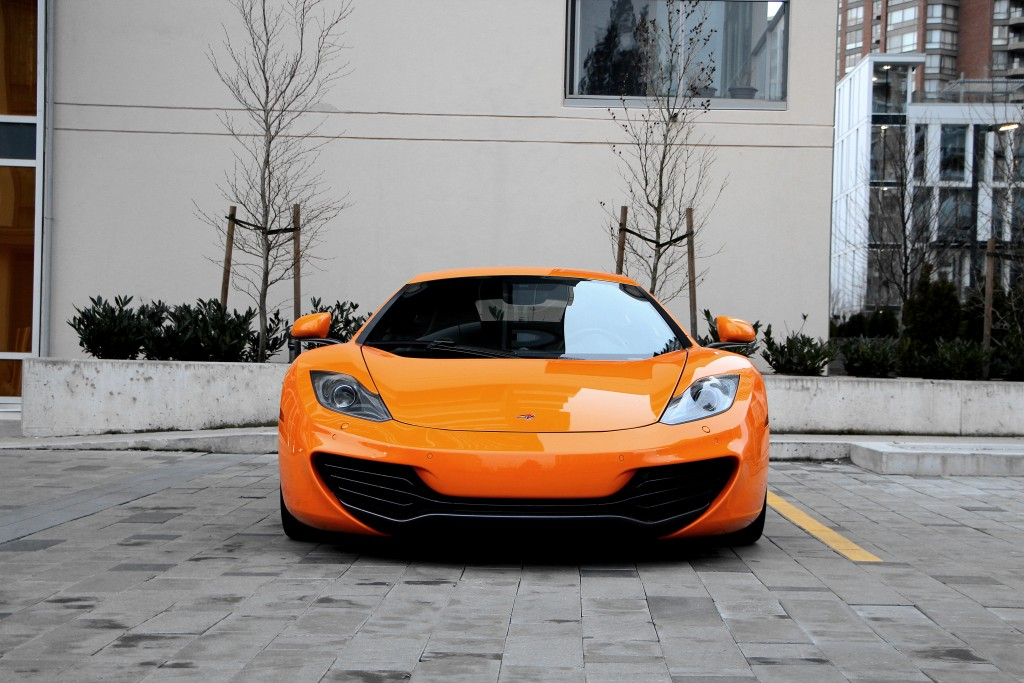 2013-McLaren-MP4-12C