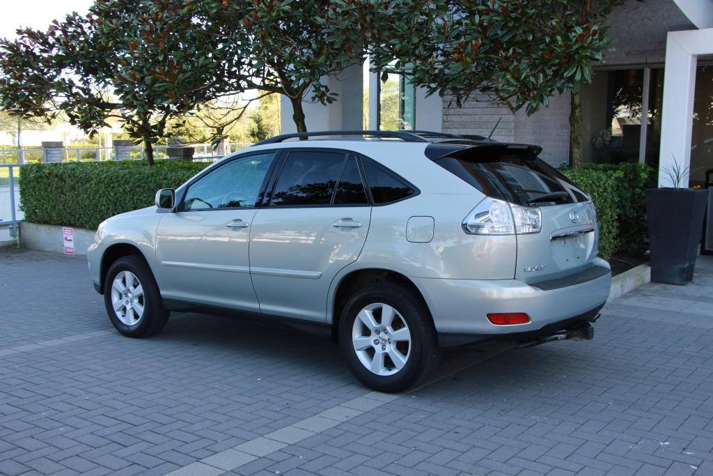 2004-Lexus-RX 330