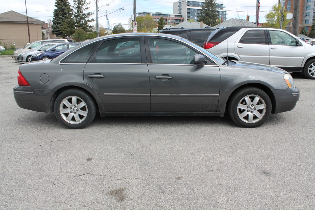 2005-Ford-Five Hundred