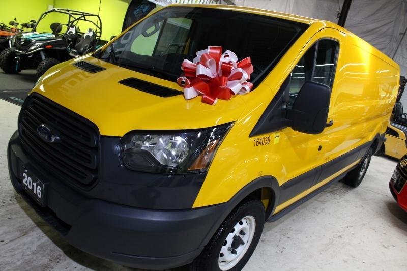 2016-Ford-Transit