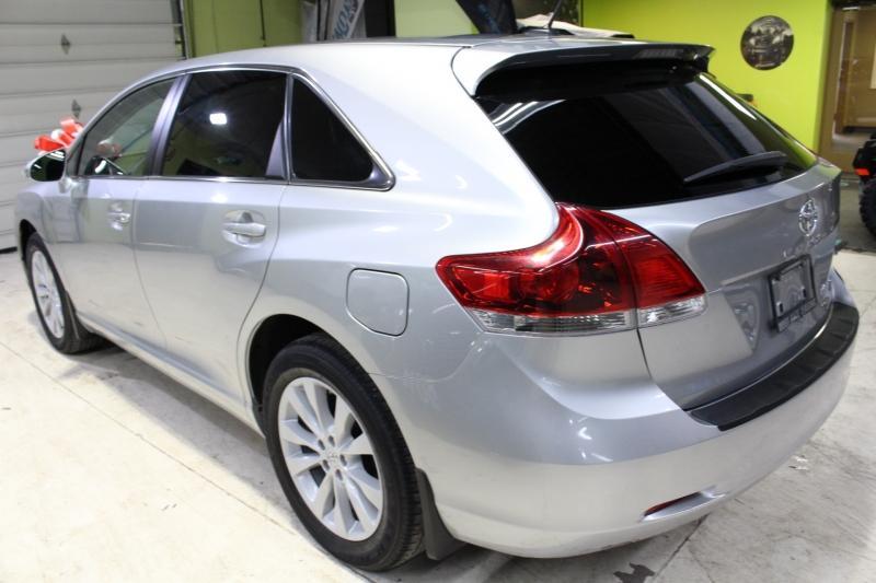2015-Toyota-Venza