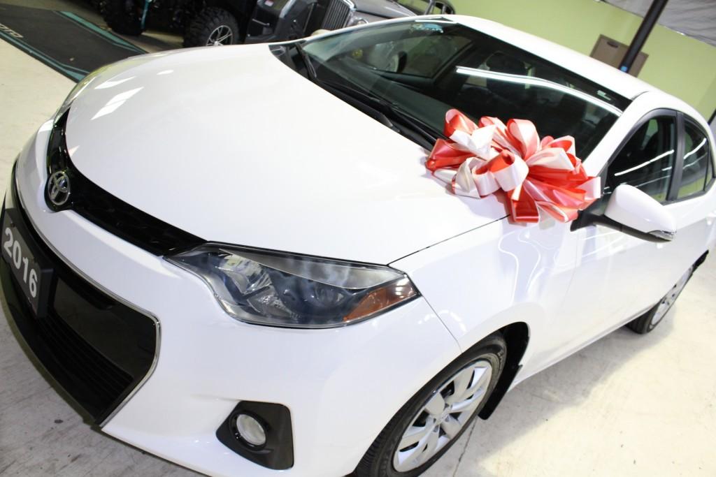 2016-Toyota-Corolla