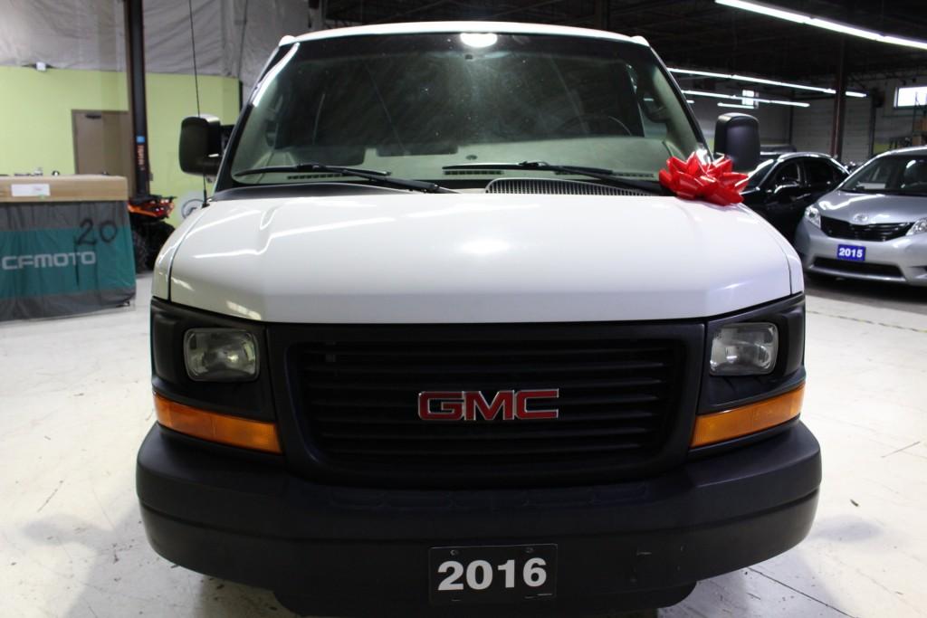 2016-GMC-Savana 2500