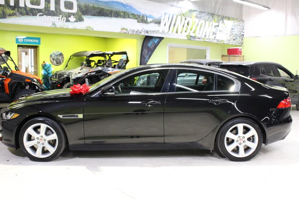 2017-Jaguar-XE