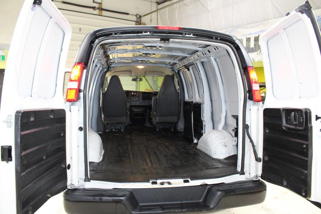 2019-GMC-Savana Cargo Van