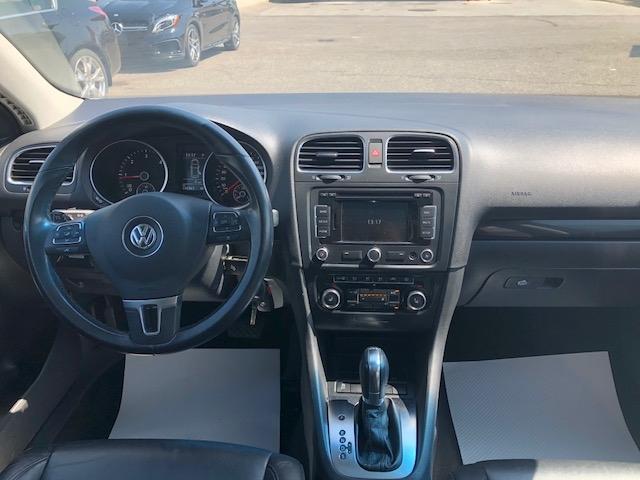 2014-Volkswagen-Golf Wagon