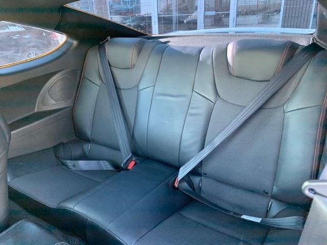 2016-Hyundai-Genesis Coupe