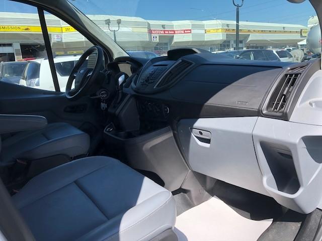 2018-Ford-Transit-150