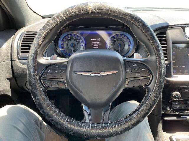 2015-Chrysler-300