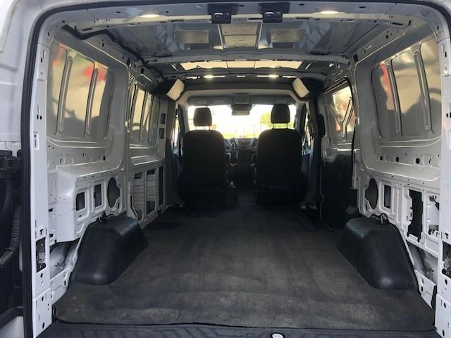 2017-Ford-Transit-150