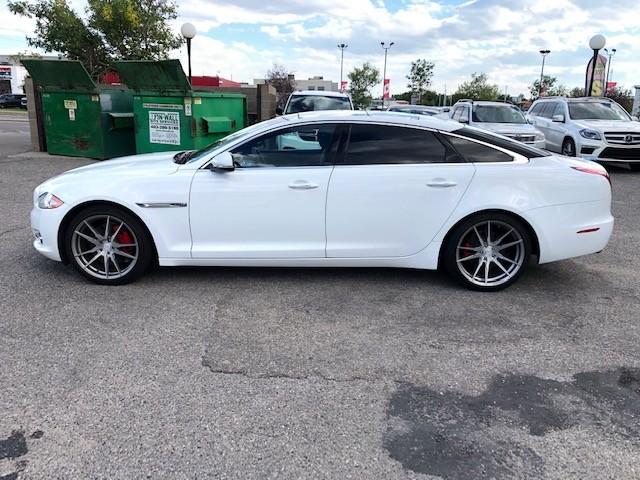 2013-Jaguar-XJ