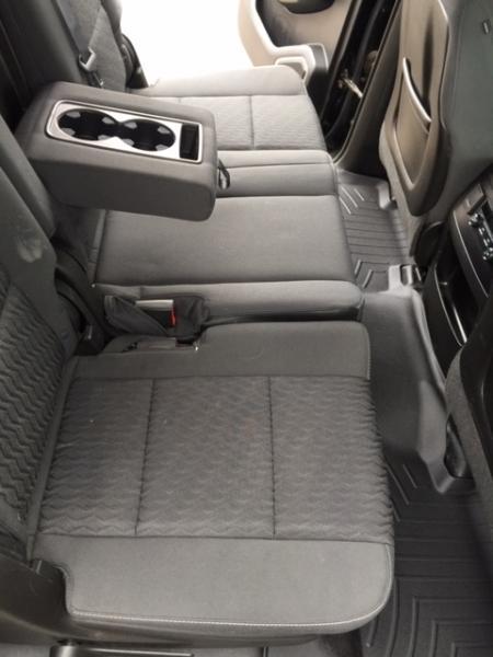 2015-Chevrolet-Suburban