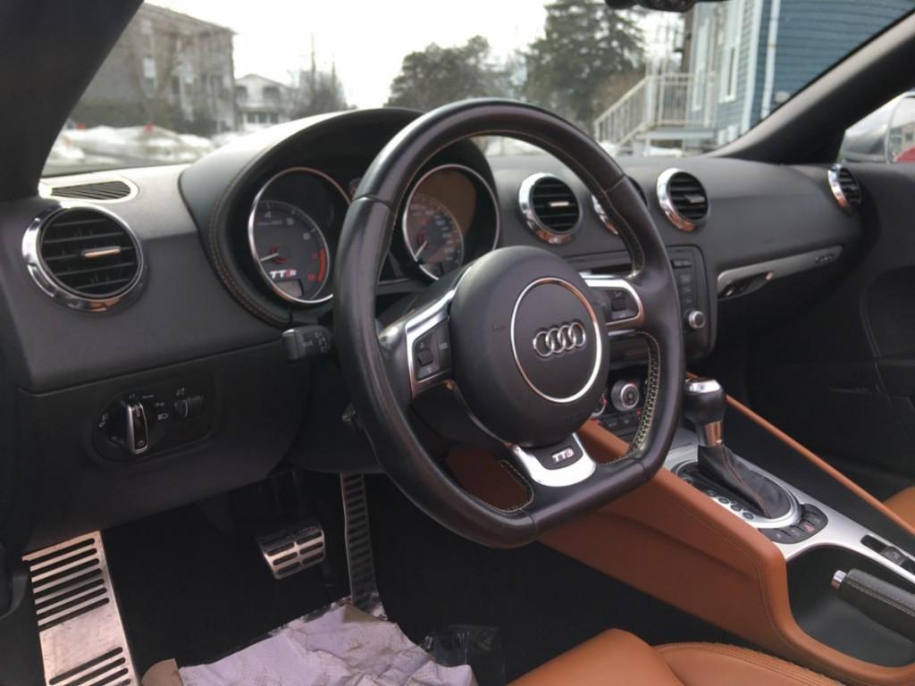 2011-Audi-TTS