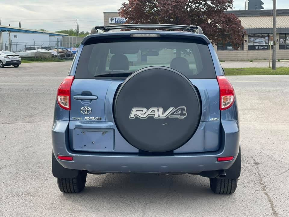 2007-Toyota-RAV4