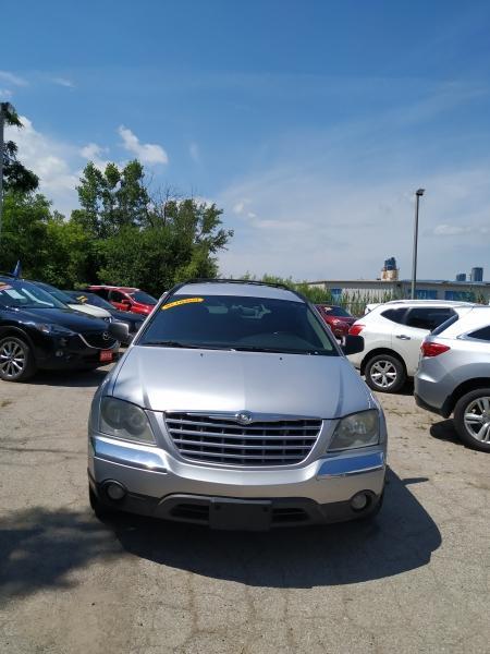 2006-Chrysler-Pacifica