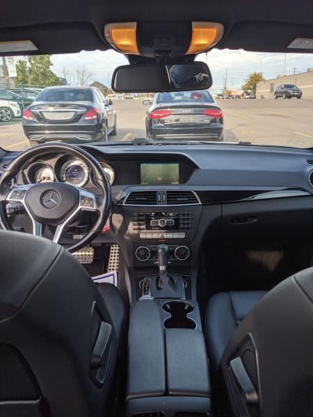 2012-Mercedes-Benz-C300