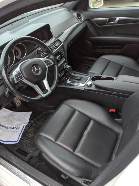 2012-Mercedes-Benz-C250